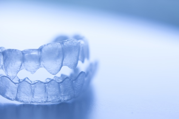 How Do Clear Aligners Work? [Orthodontist FAQ]